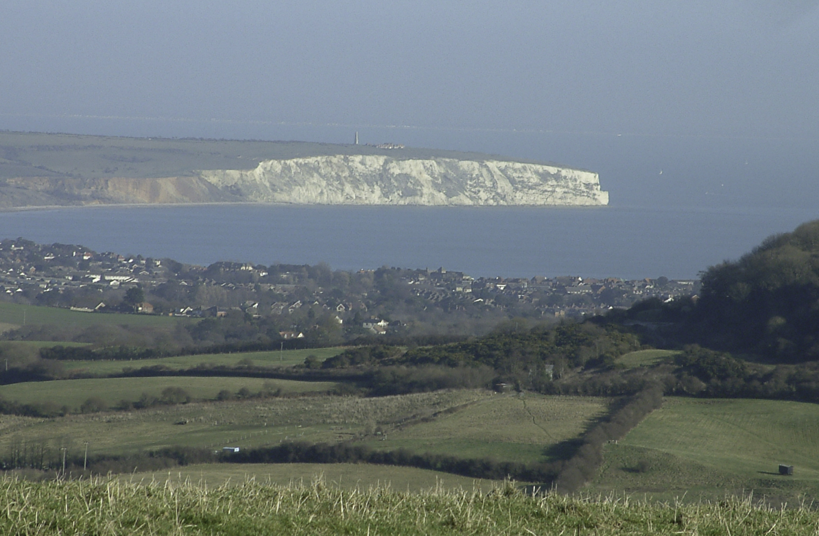 View-3-Looking-East-to-Sandown-Bay-From-Repeater-Site-at-Stenbury-Jan-2006